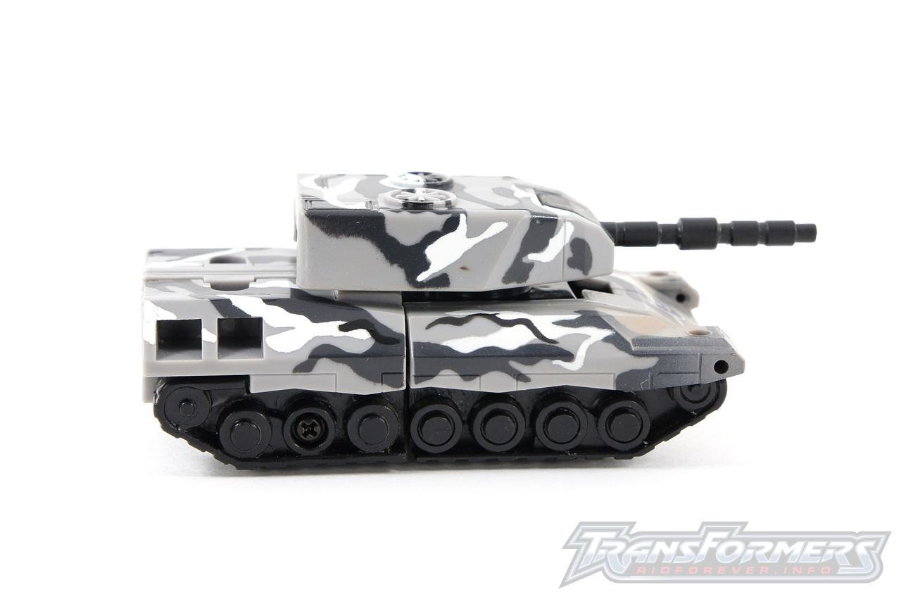 Arctic Camo Armorhide-002