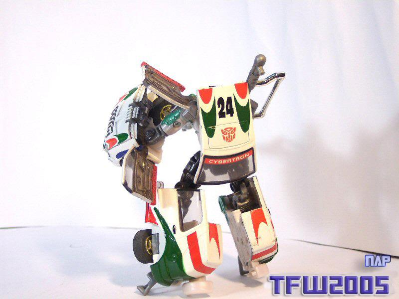 Wheeljack 004