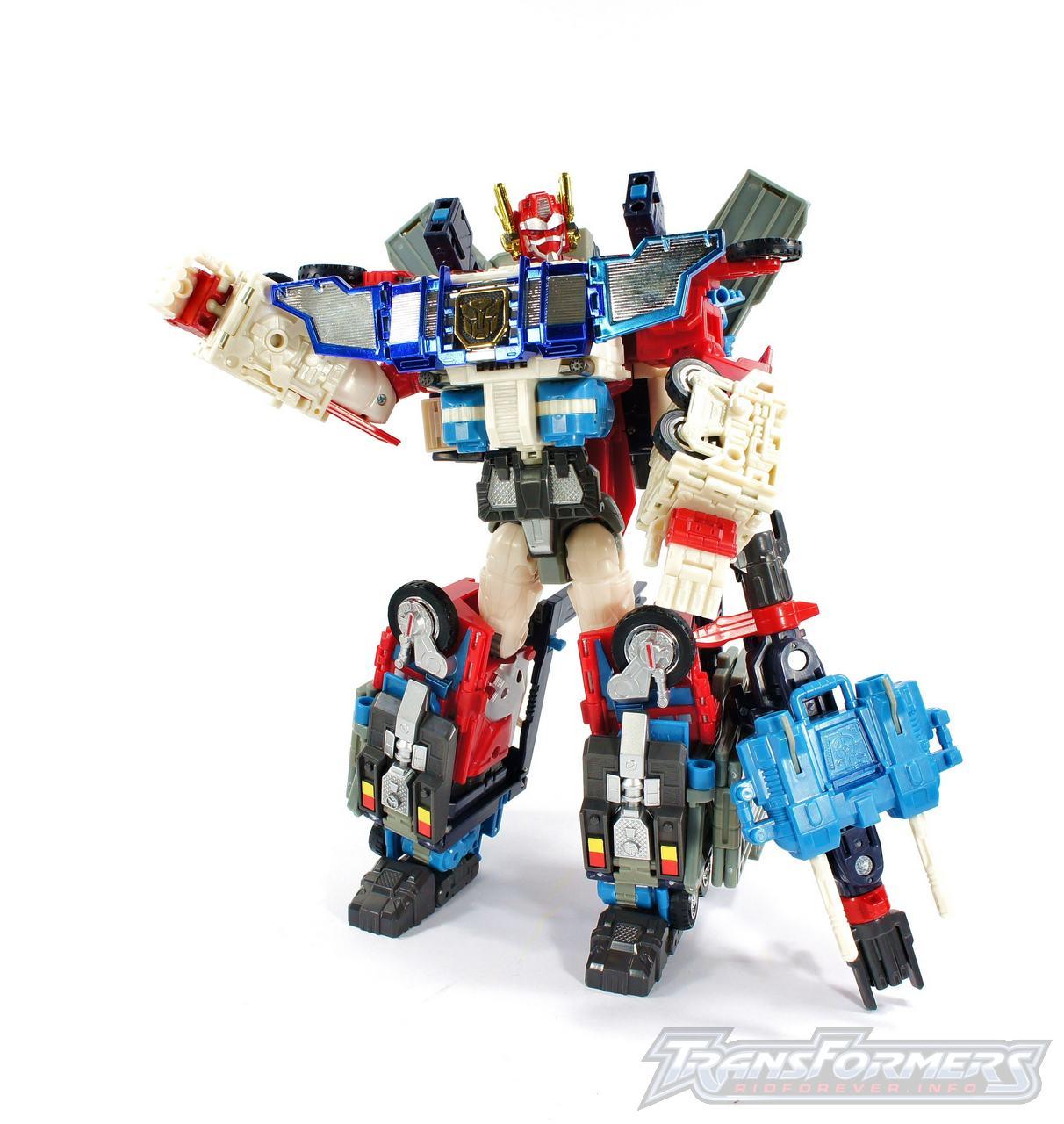 Cybertron Omega Prime 01