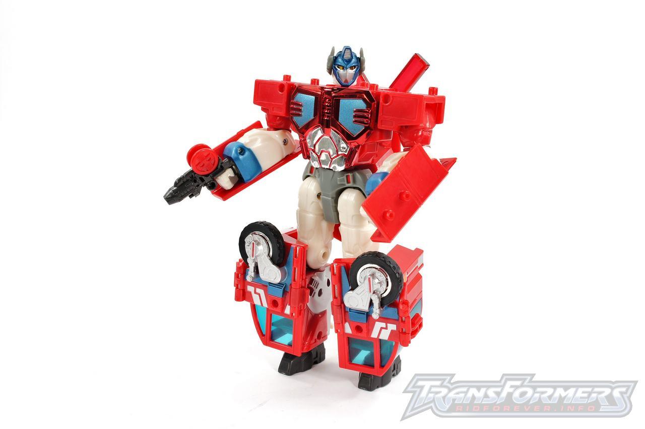 Cybertron Optimus Prime 01