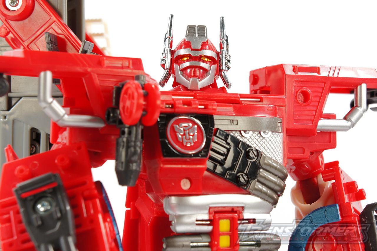 Cybertron Optimus Prime 13