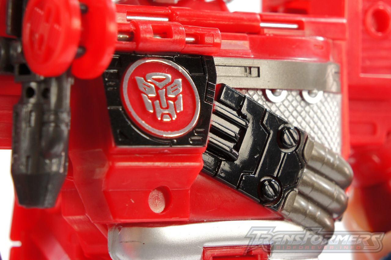 Cybertron Optimus Prime 14