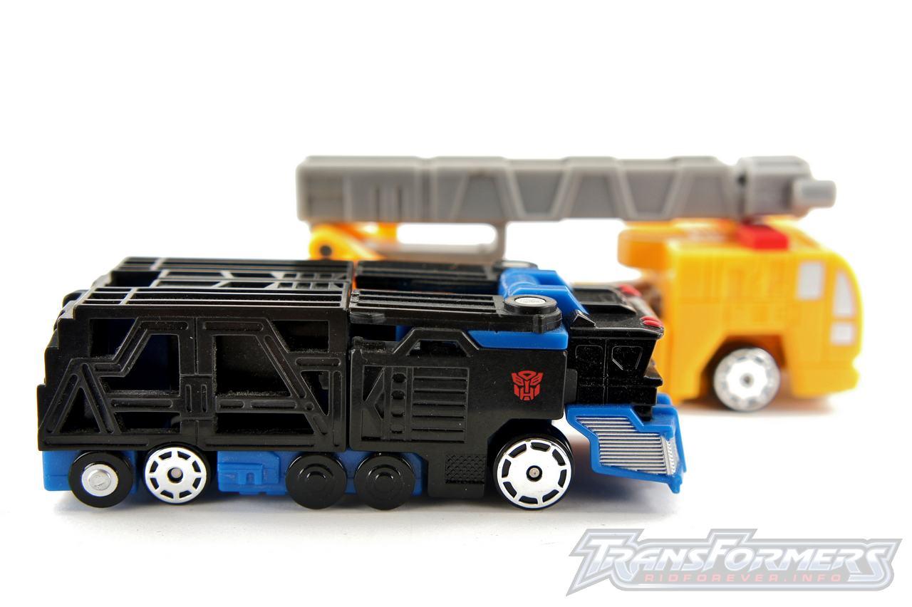 Spychanger Optimus Prime Universe 028