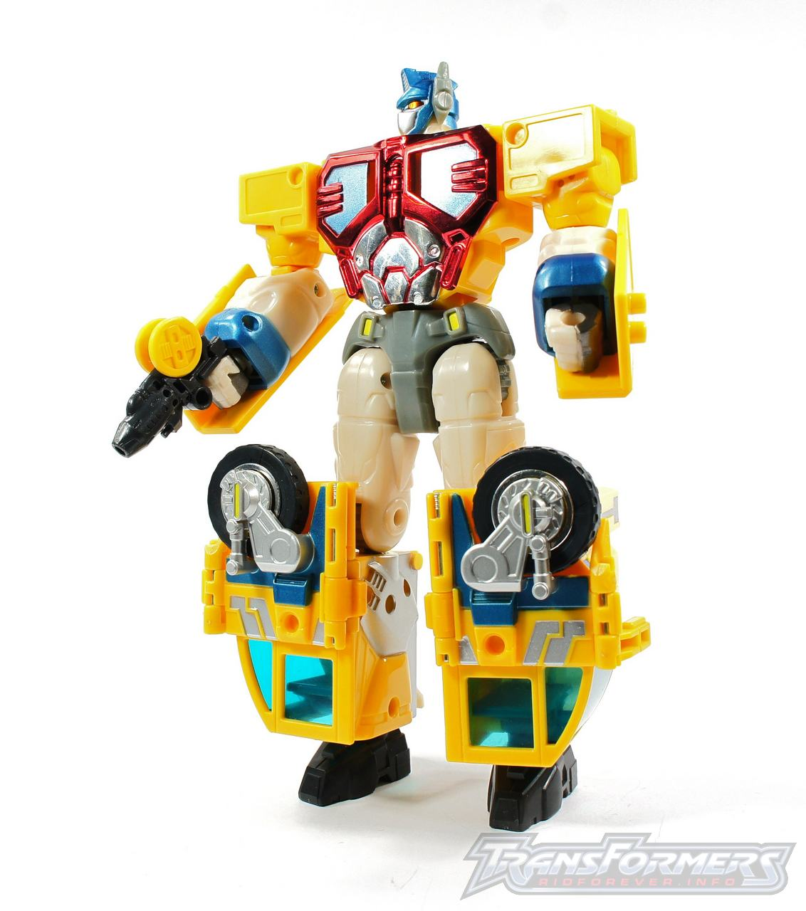 Universe Yellow Optimus Prime 001