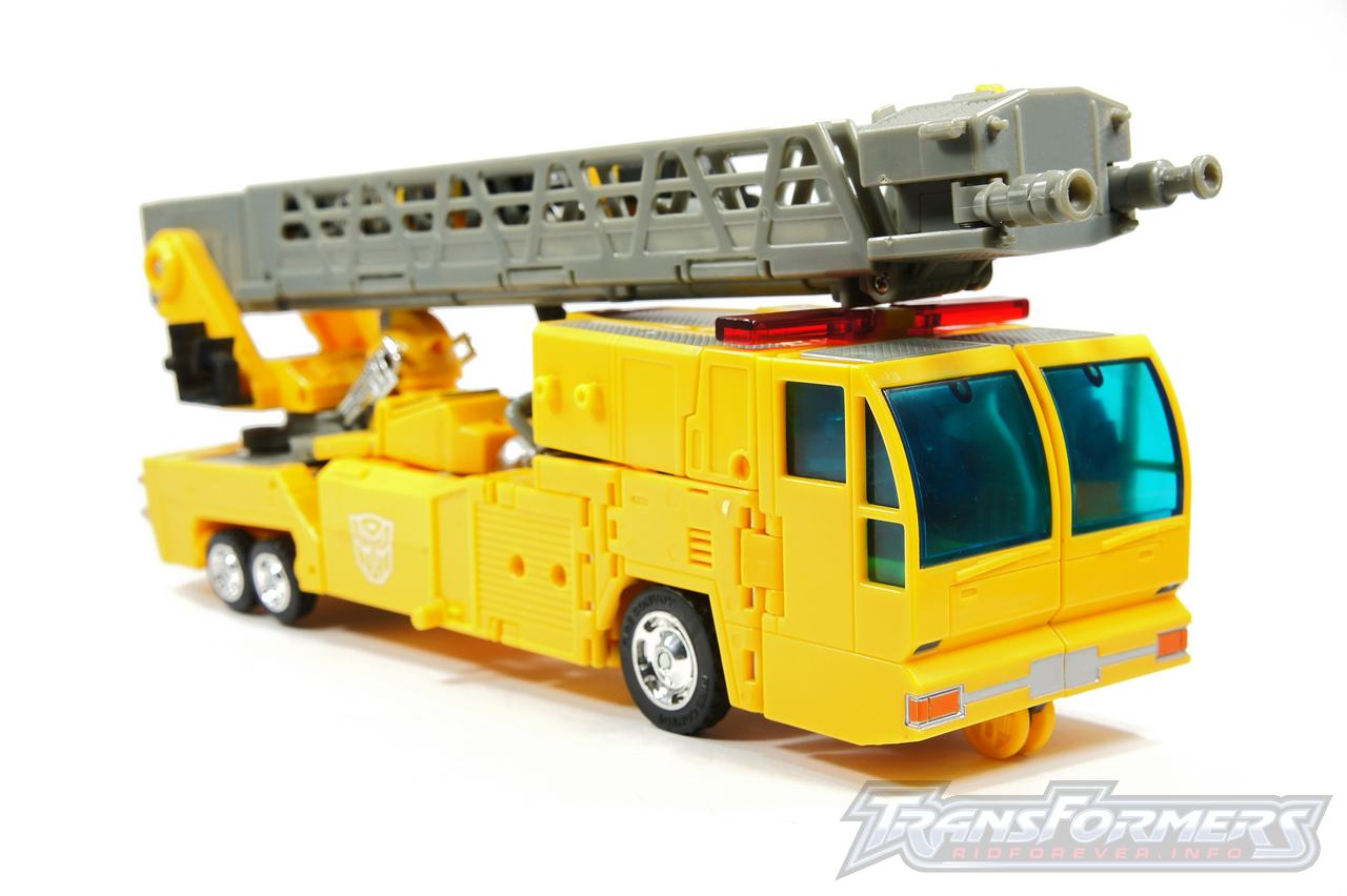 Universe Yellow Optimus Prime 042