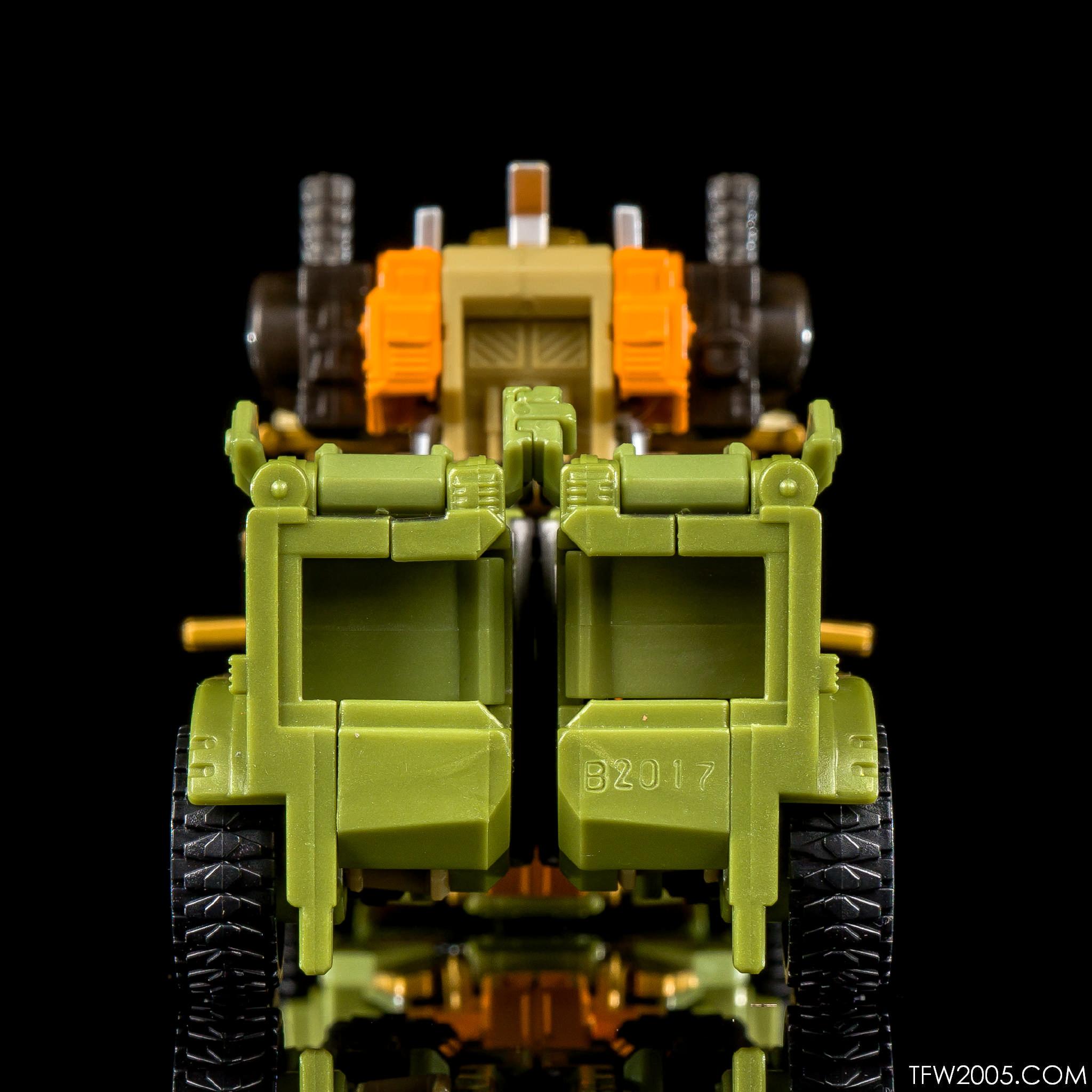 UW Dolrailer 06