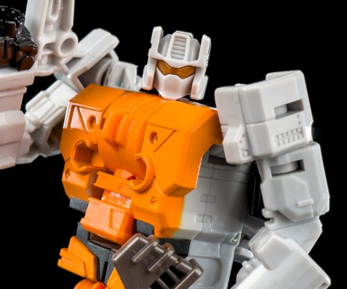 Shuttler (Unite Warriors)