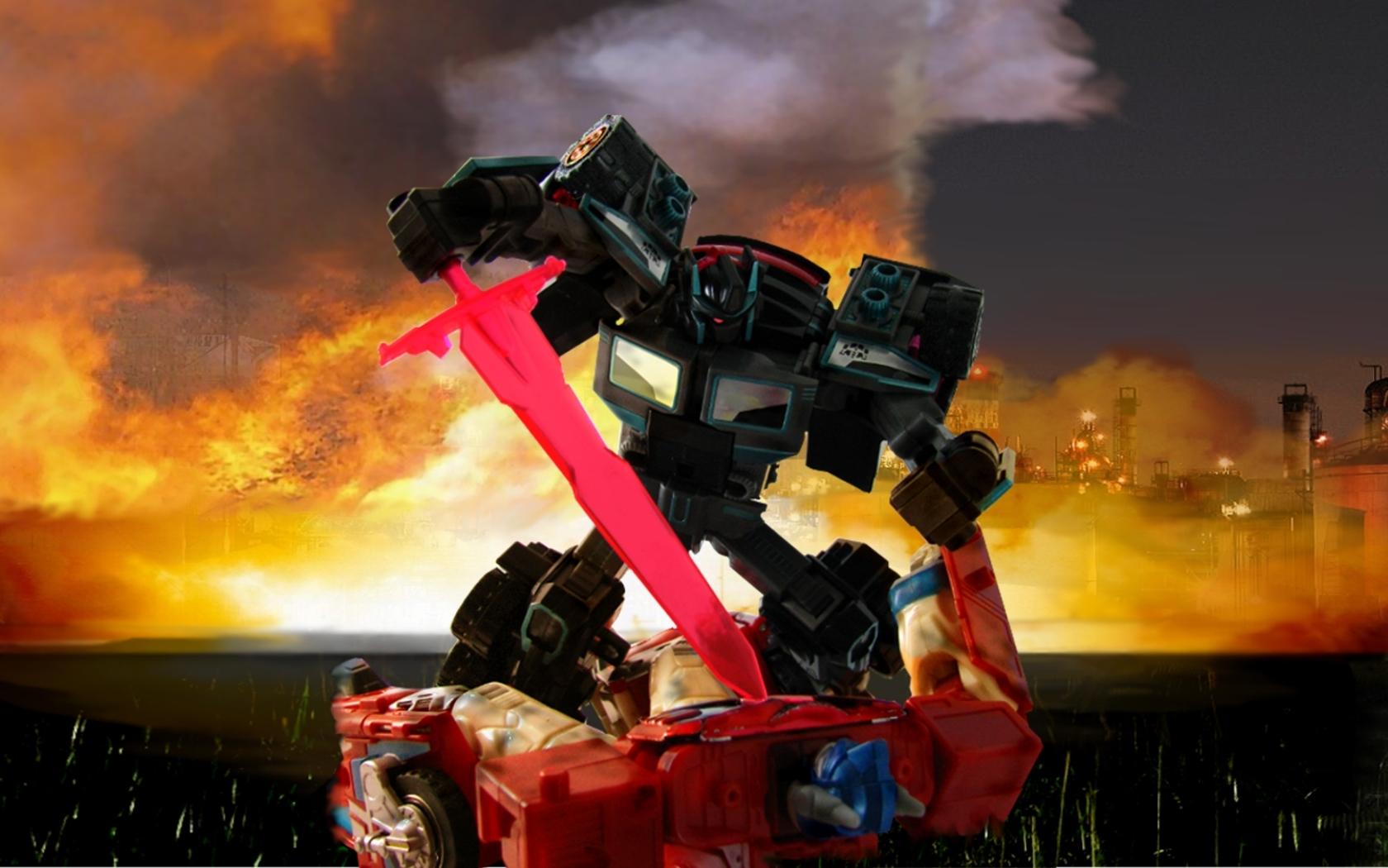 RID Scourge Vs Optimus Prime 1680 x 1050