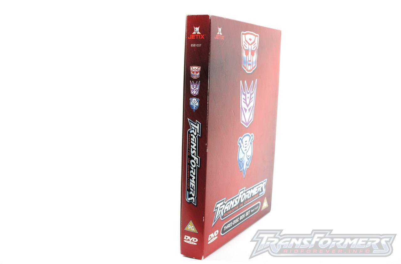 UK RID Boxset 1 Vol 1-002
