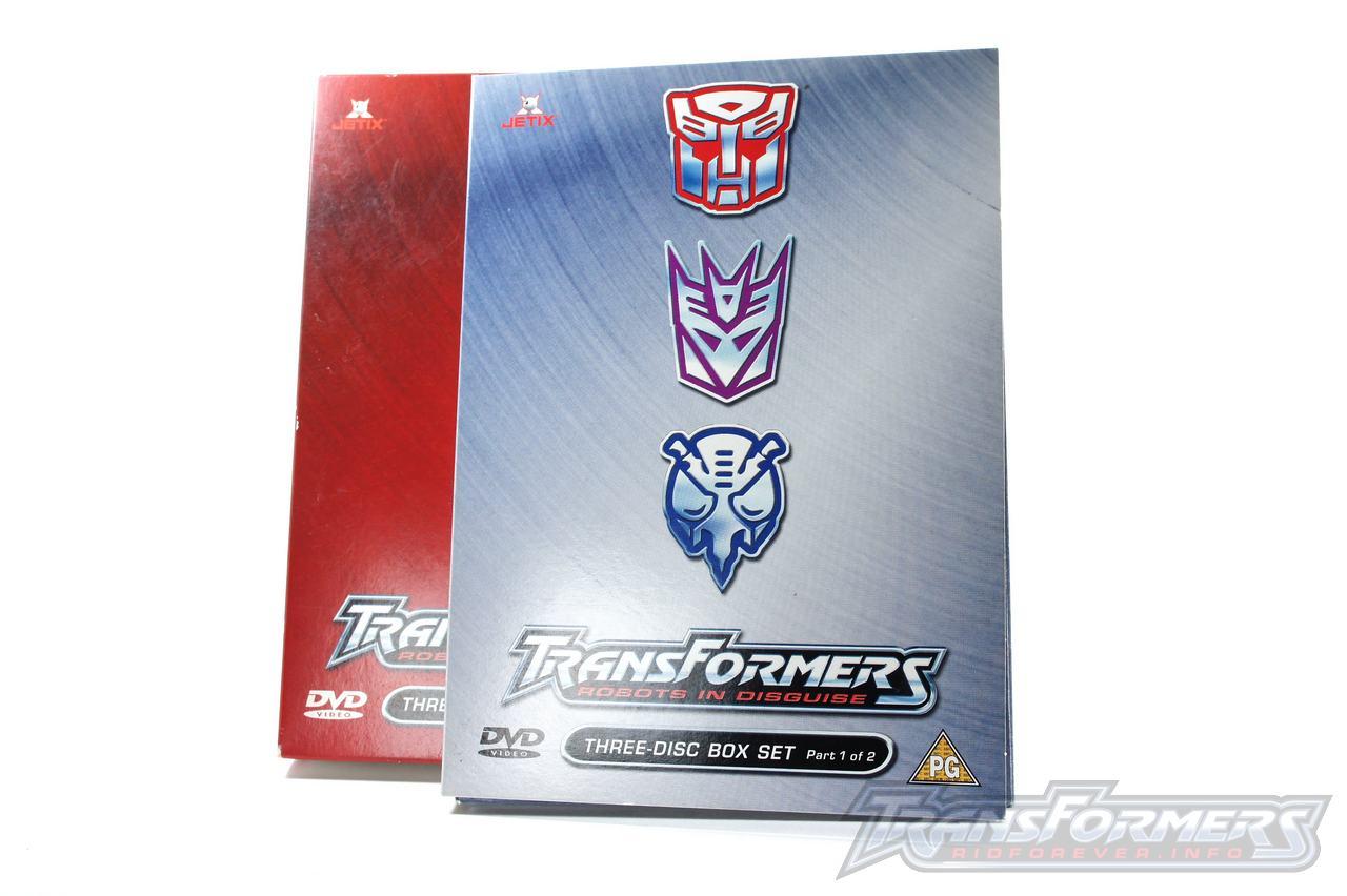 UK RID Boxset 1 Vol 1-004