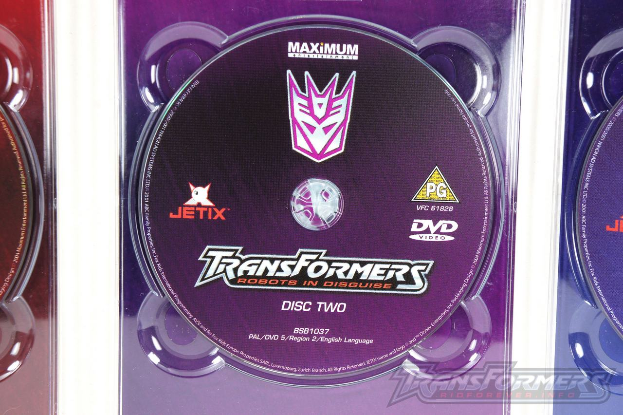 UK RID Boxset 1 Vol 1-007