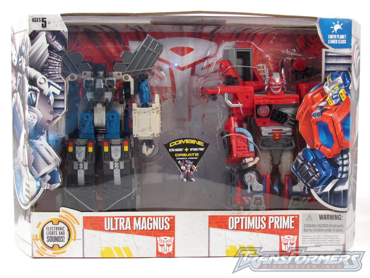 Cybertron Omega Prime 001