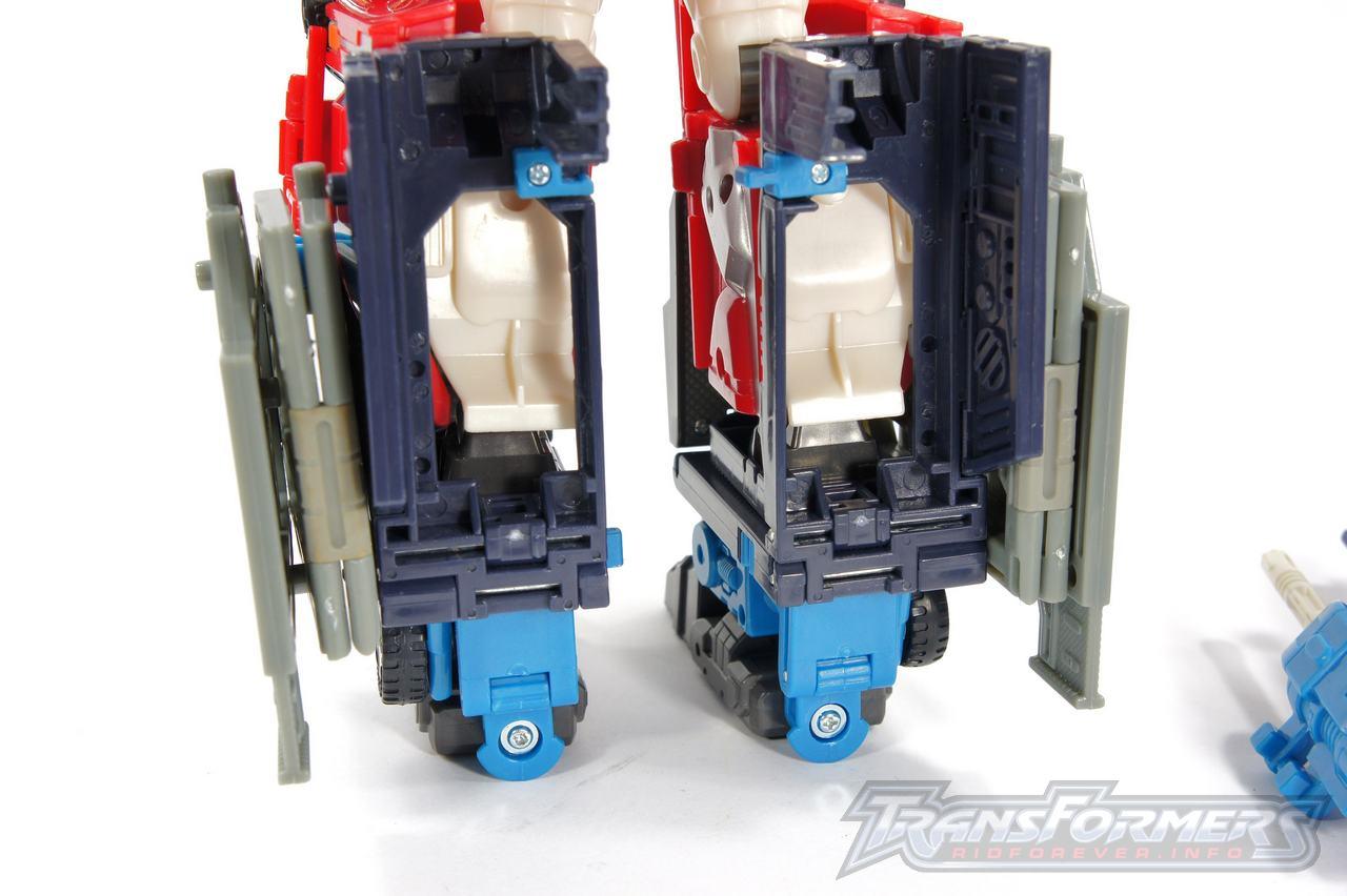 Cybertron Omega Prime 09