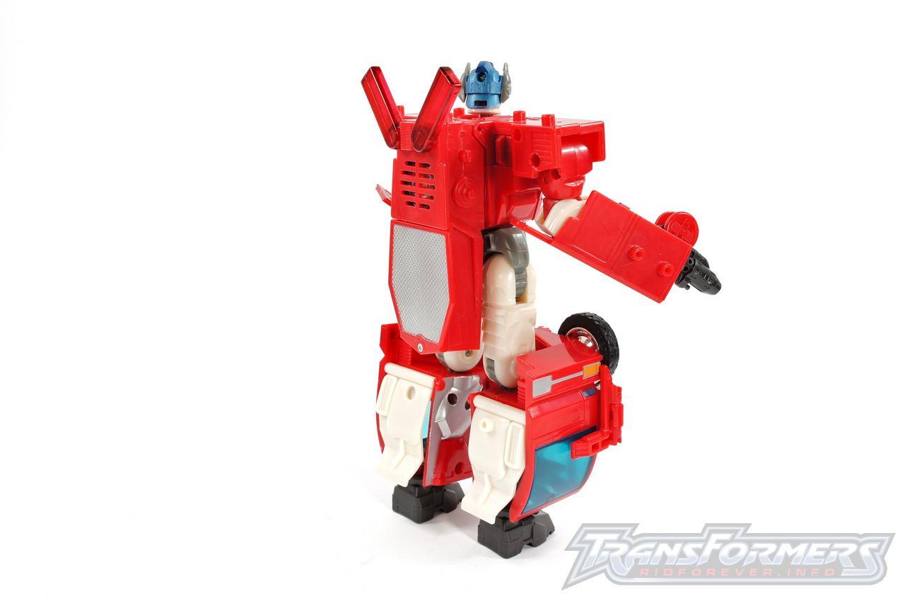 Cybertron Optimus Prime 02