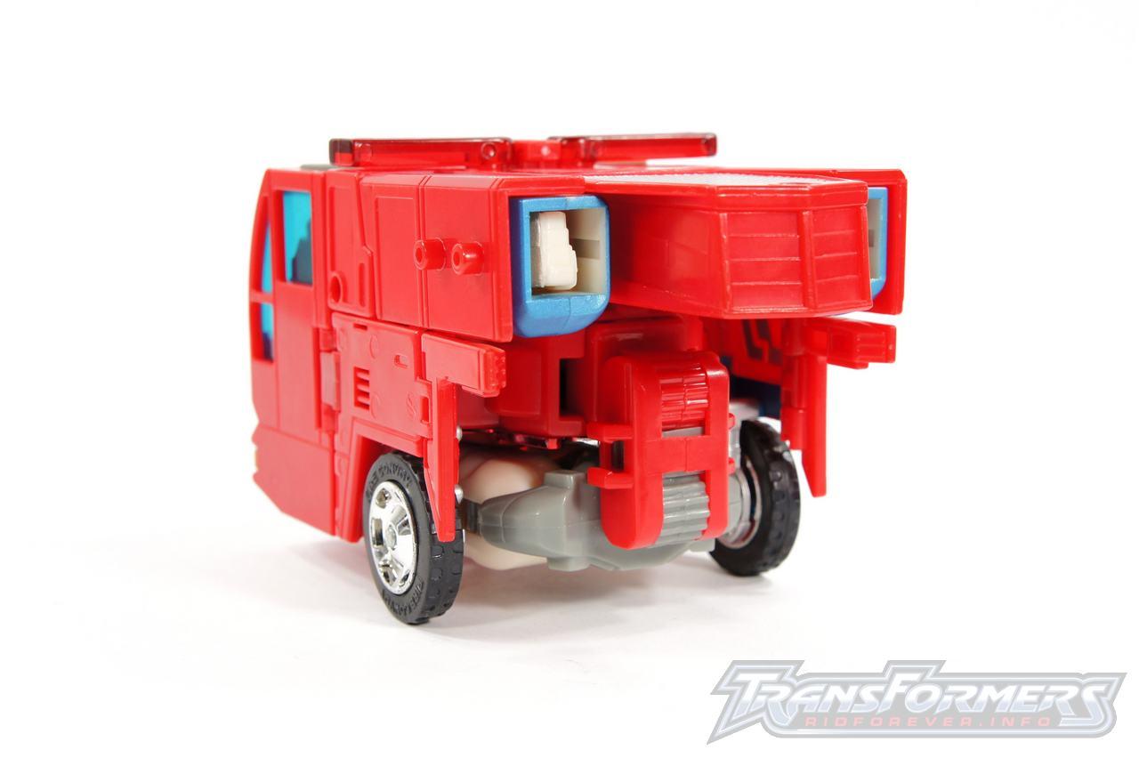 Cybertron Optimus Prime 06