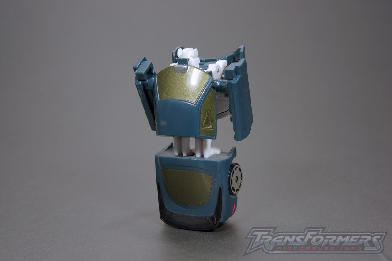 Universe G1 Bluestreak Silverstreak 06