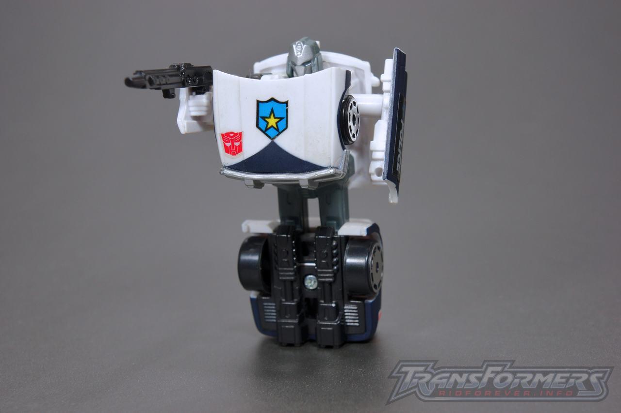 Universe G1 Prowl 05