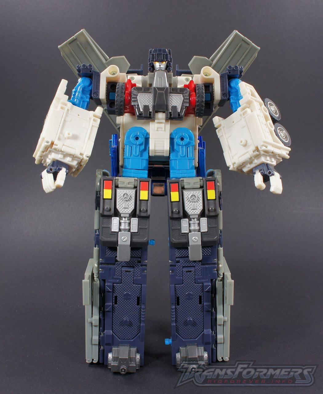Universe Ultra Magnus 001