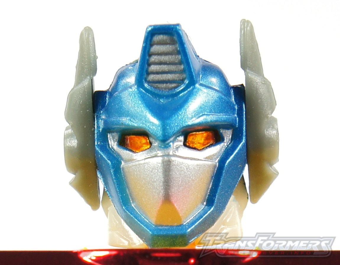 Universe Yellow Optimus Prime 002
