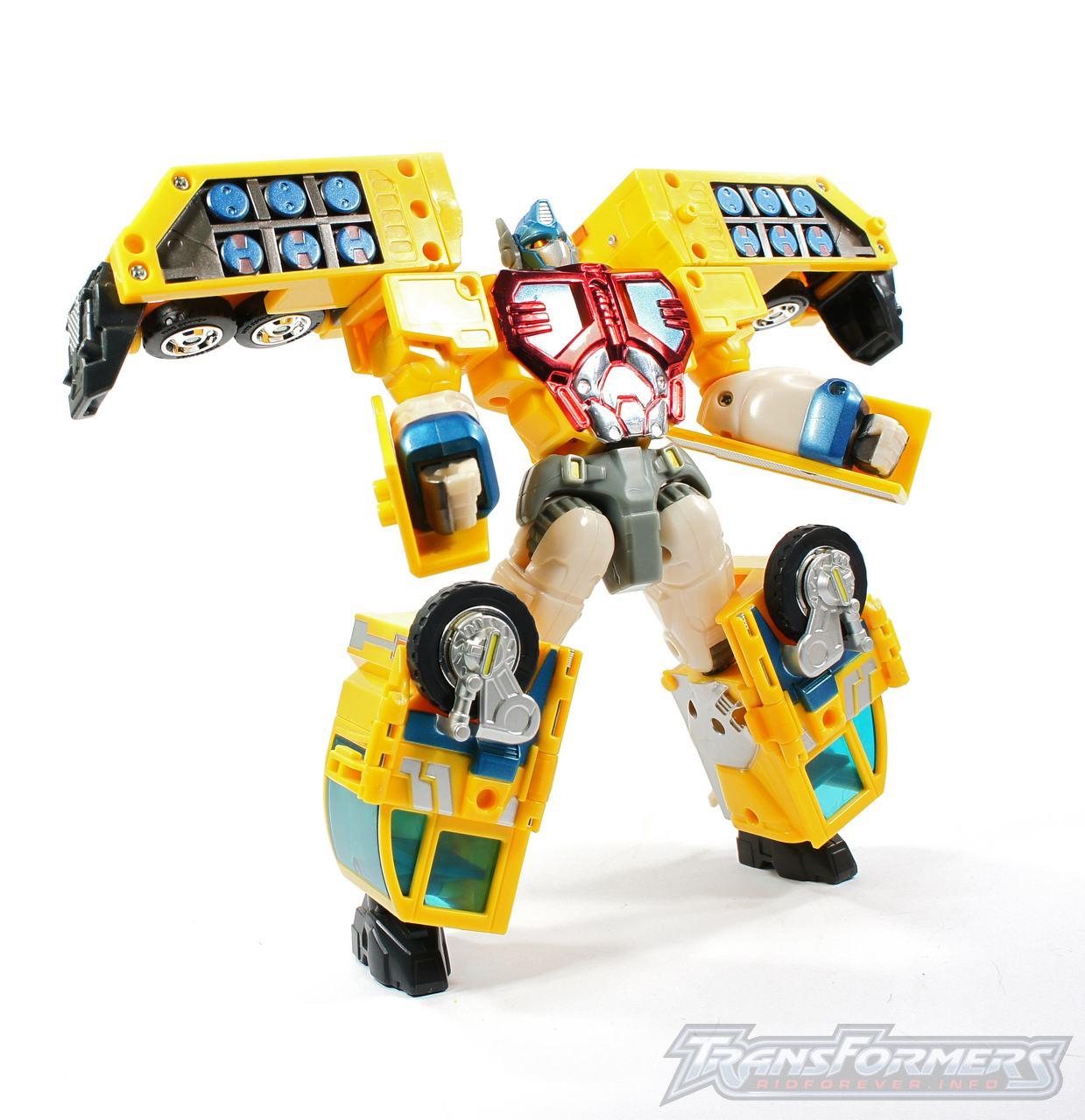 Universe Yellow Optimus Prime 009