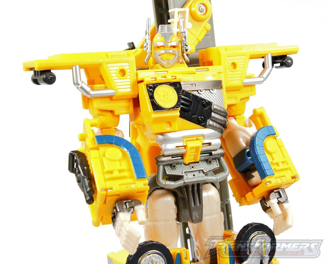 Universe Yellow Optimus Prime 019
