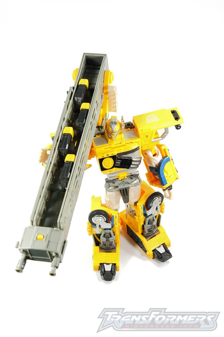 Universe Yellow Optimus Prime 028