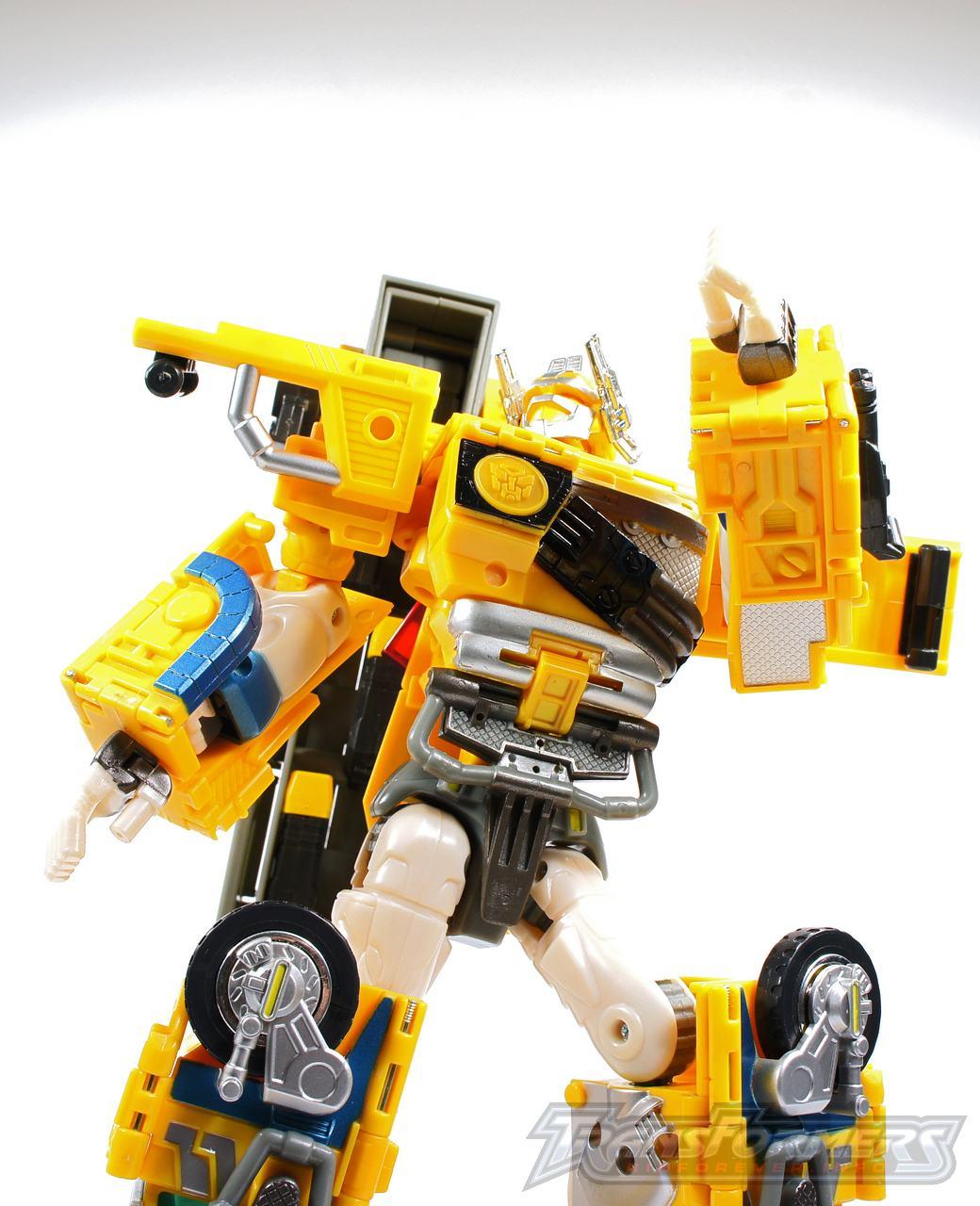 Universe Yellow Optimus Prime 029