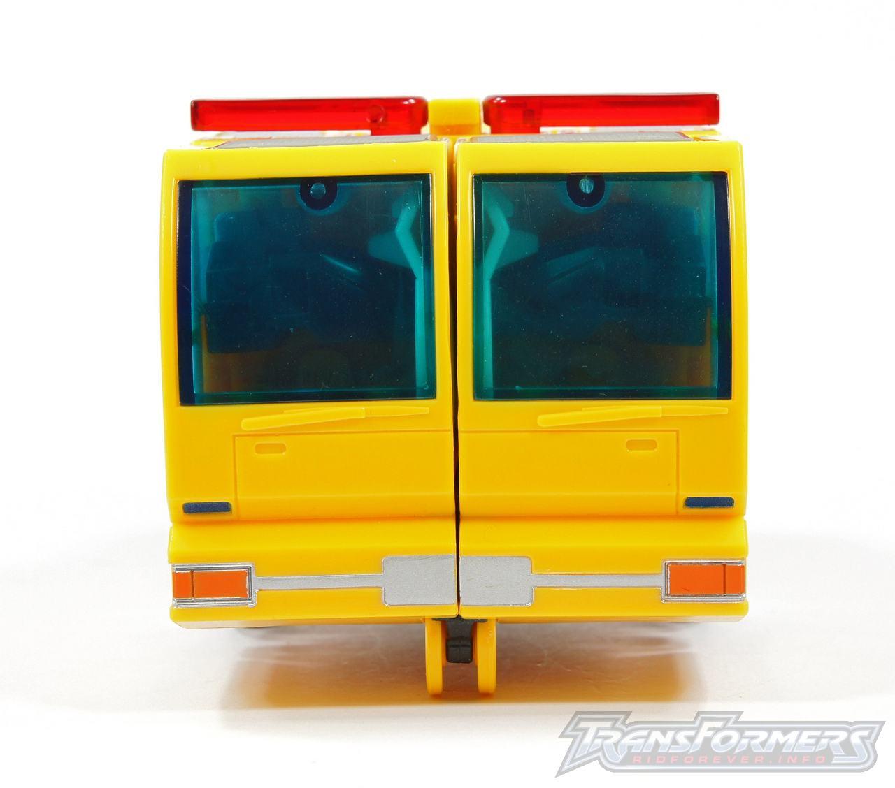 Universe Yellow Optimus Prime 034