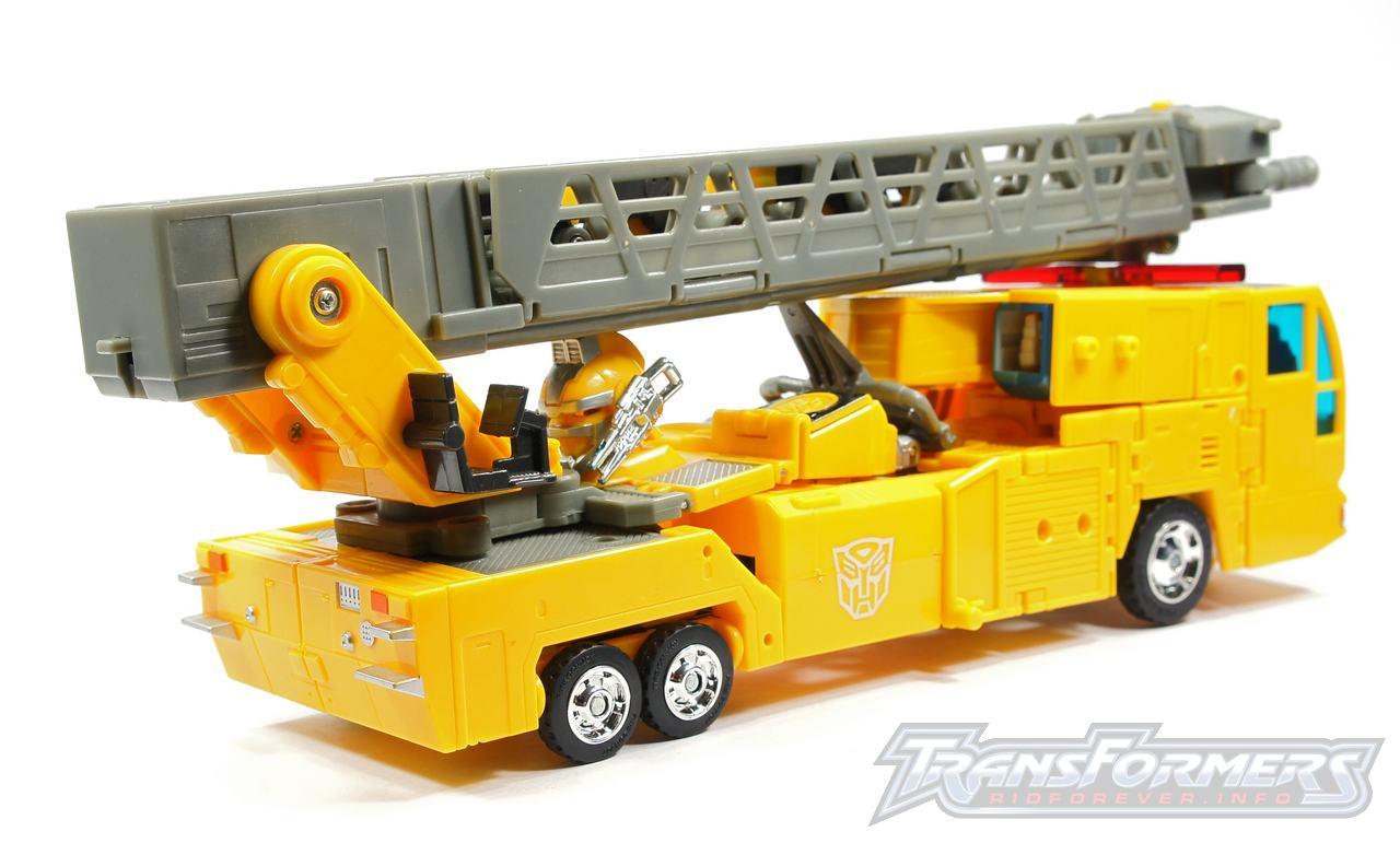 Universe Yellow Optimus Prime 043