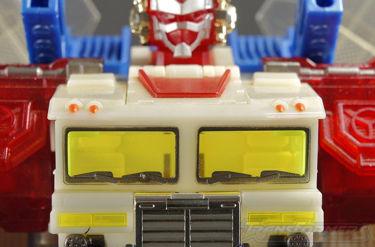 Clear God Fire Convoy TRU 008