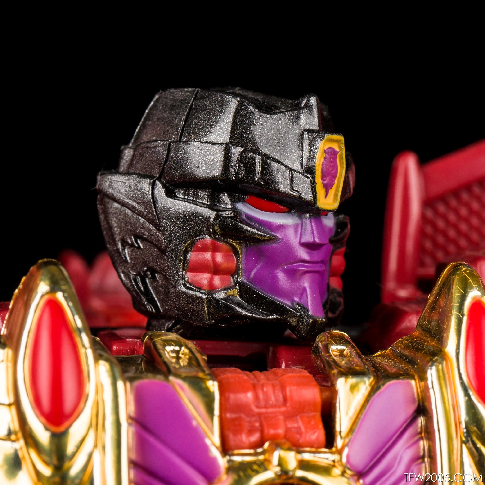 Botcon TM2 Megatron 07