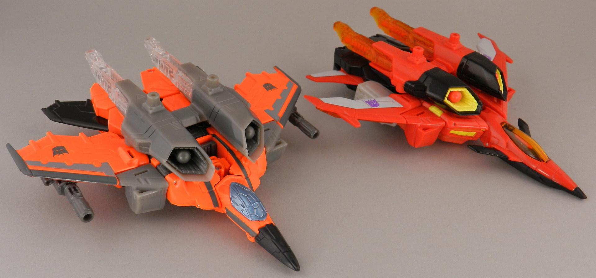 jhiaxus-with-generations-armada-starscream-jet-2-jpg