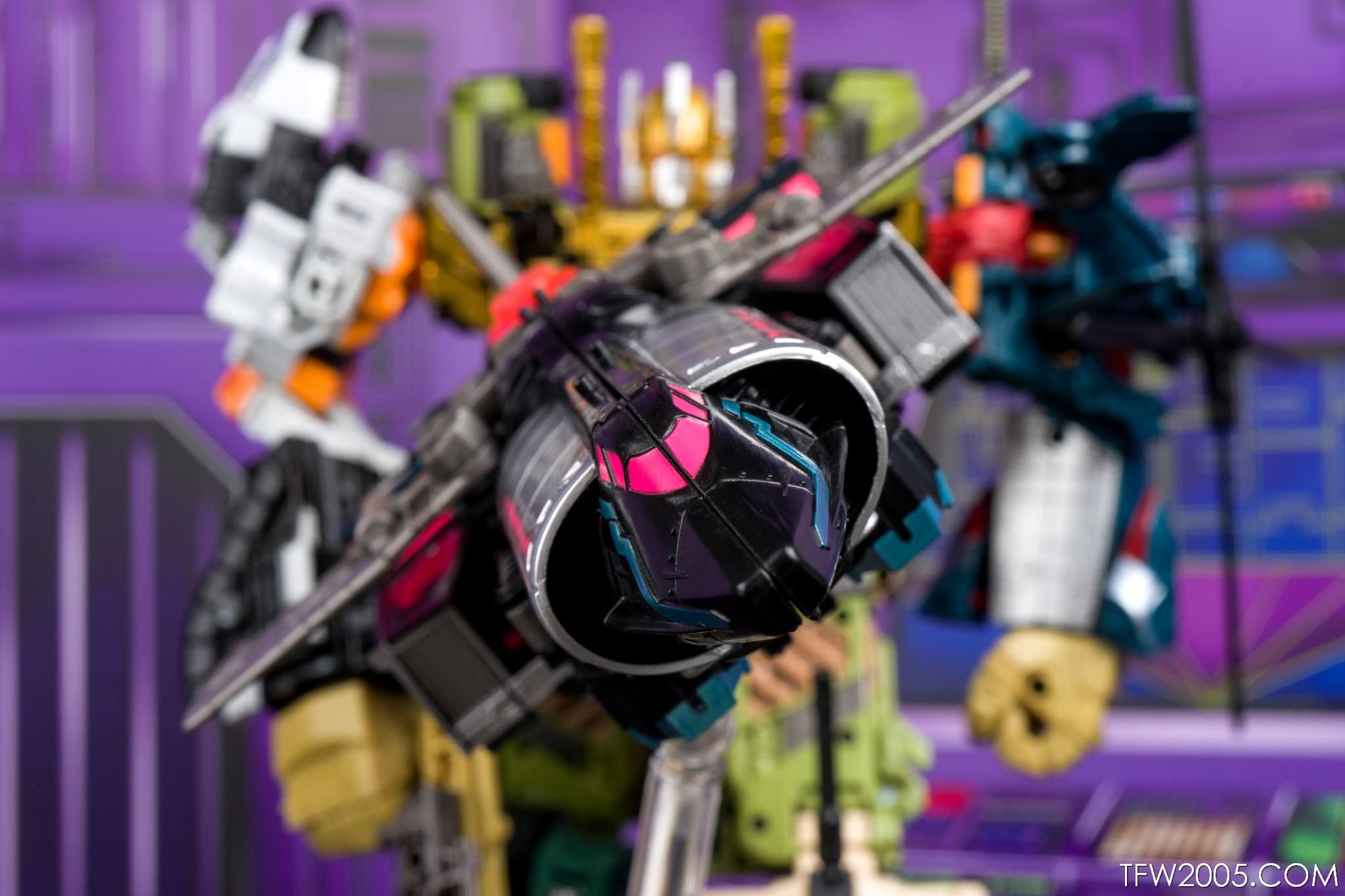Tokyo Toy Show 2017 Black Convoy 054