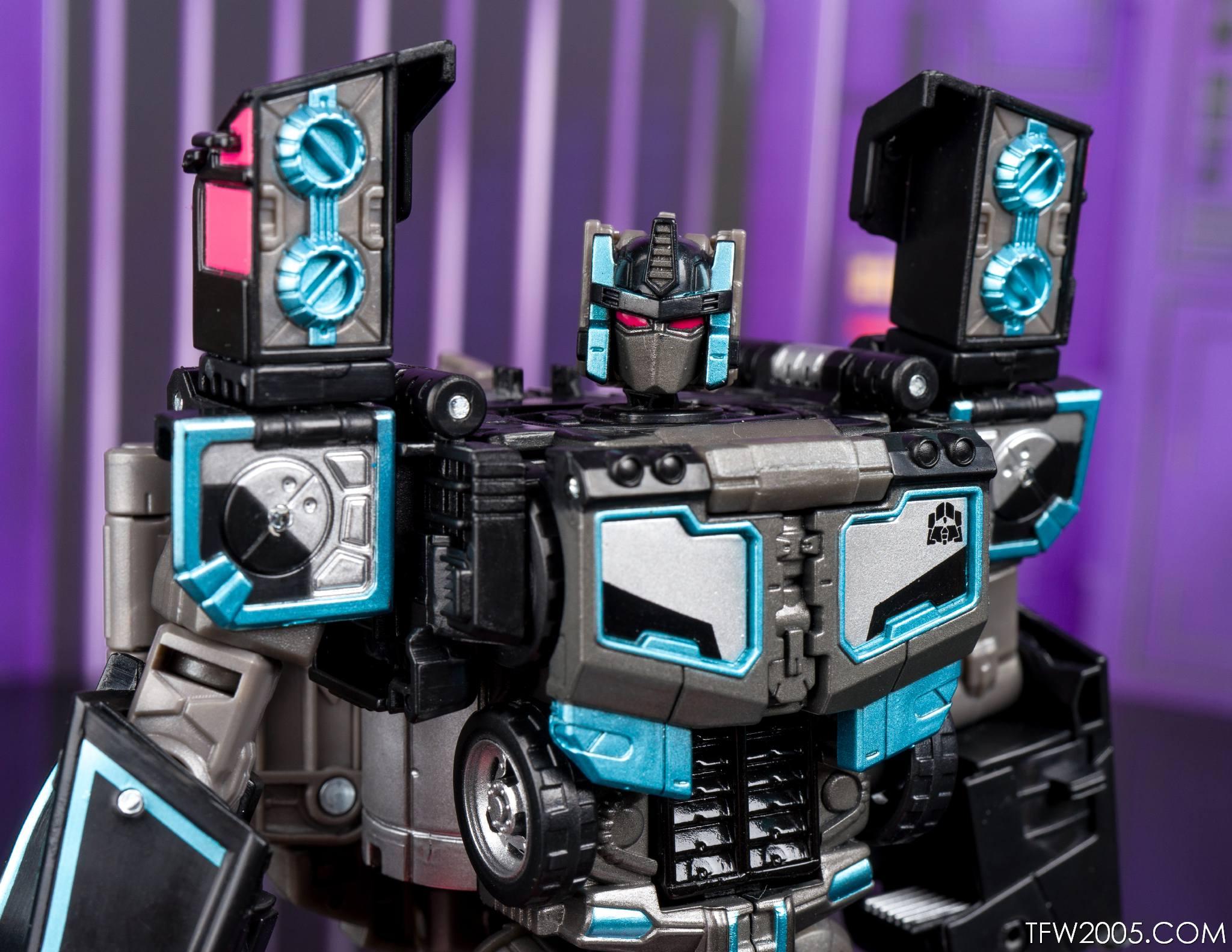 Tokyo Toy Show 2017 Black Convoy 073