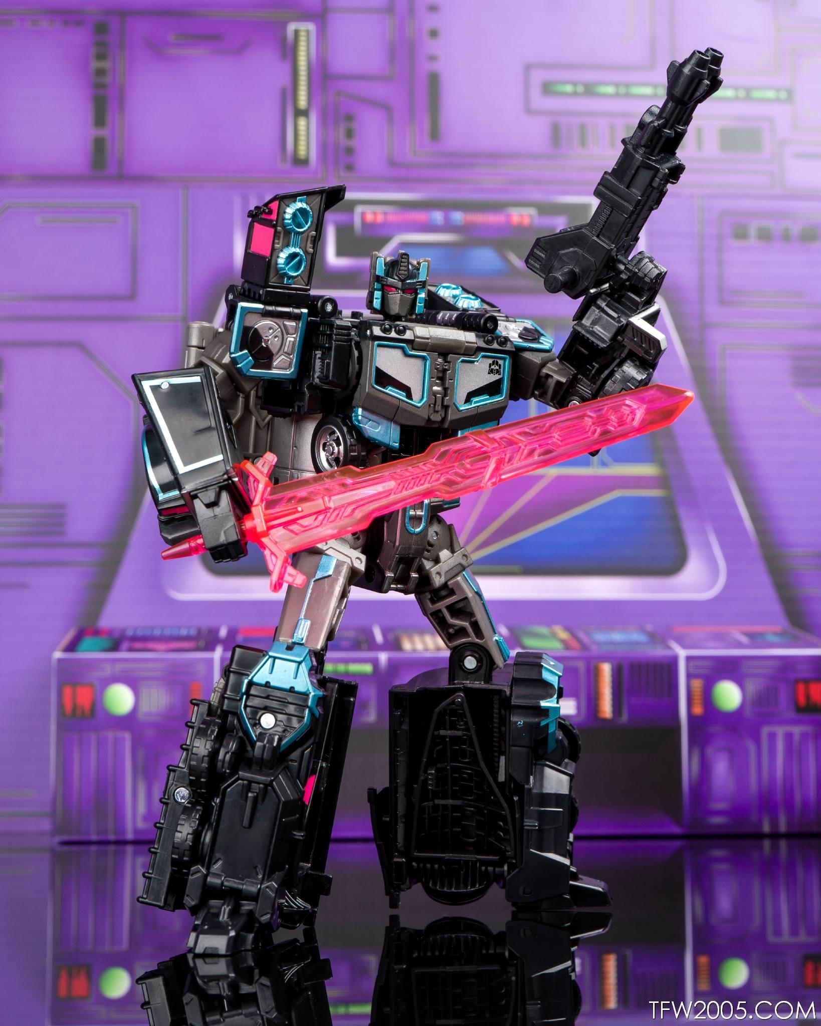 Tokyo Toy Show 2017 Black Convoy 074