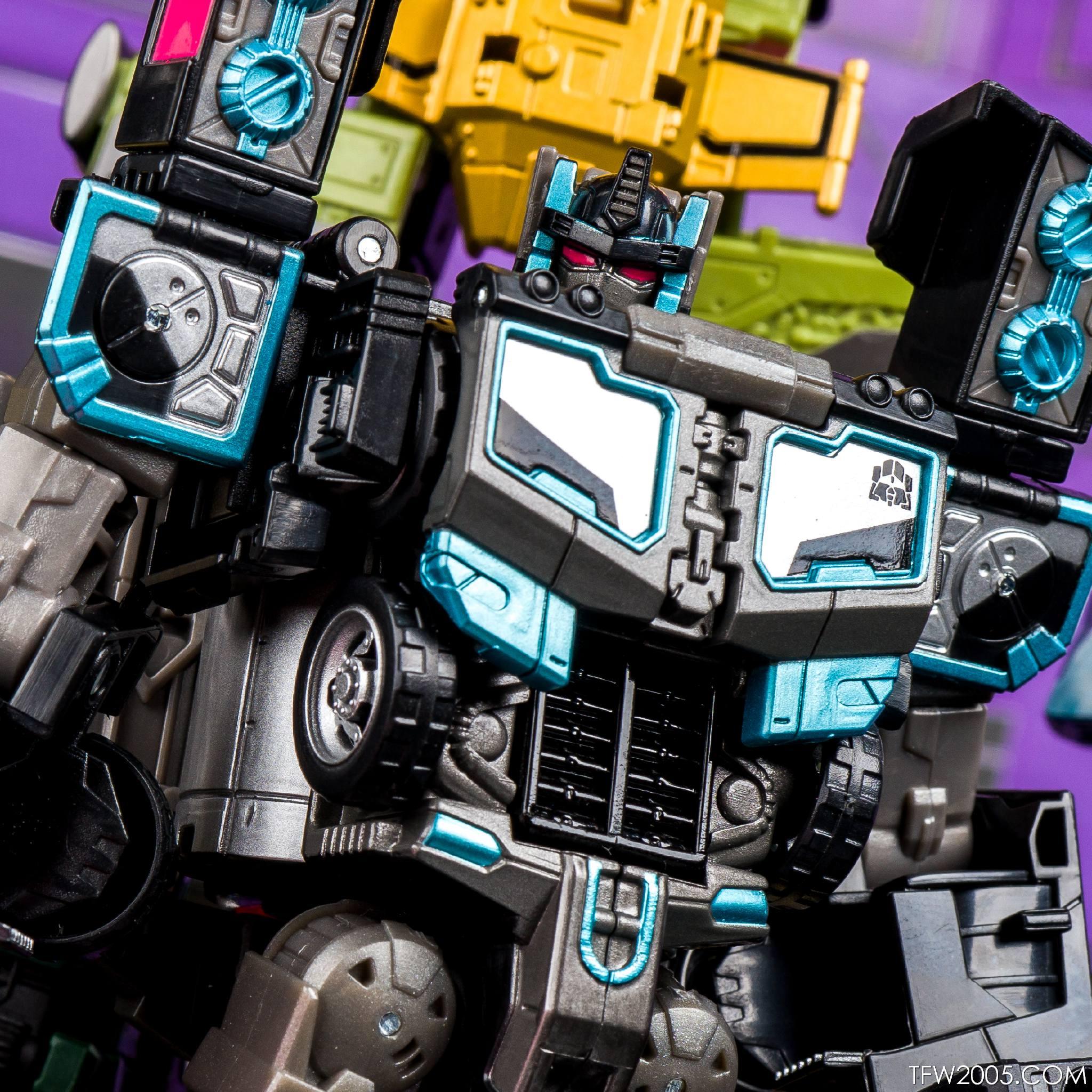 Tokyo Toy Show 2017 Black Convoy 079