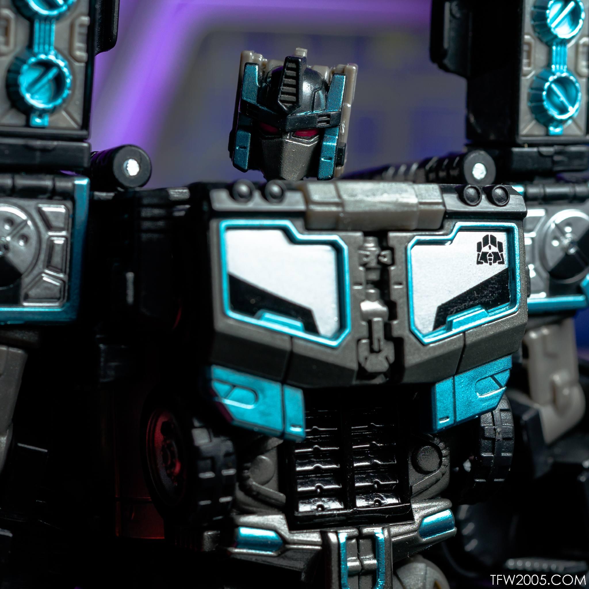 Tokyo Toy Show 2017 Black Convoy 087