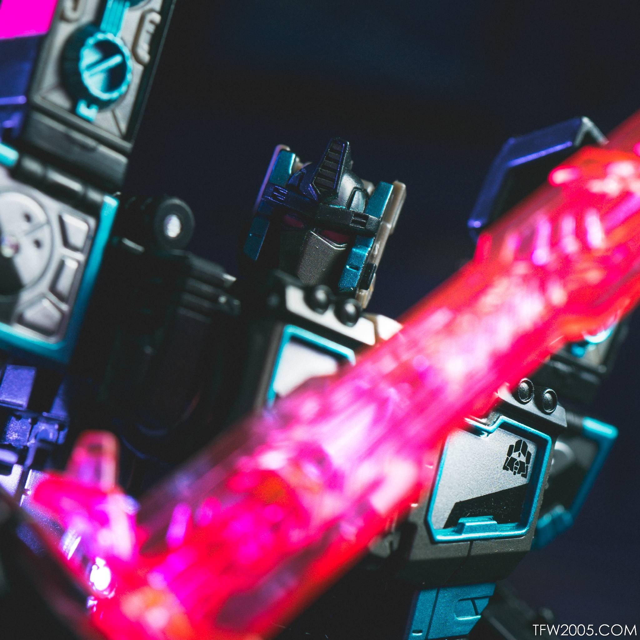 Tokyo Toy Show 2017 Black Convoy 091